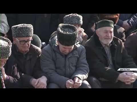 Делегация из Чечни посетила Дагестан и почтила память жертв репрессий 40-х годов