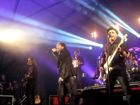 Lindefeesten - Band Zonder Banaan - Vrijgezel - 22 april 2011 Sambeek