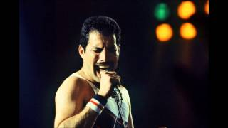 16. Queen: Life Is Real, Live In Hoffman Estates (08-13-1982)