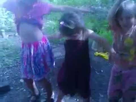 Танец живота маленьких девочек