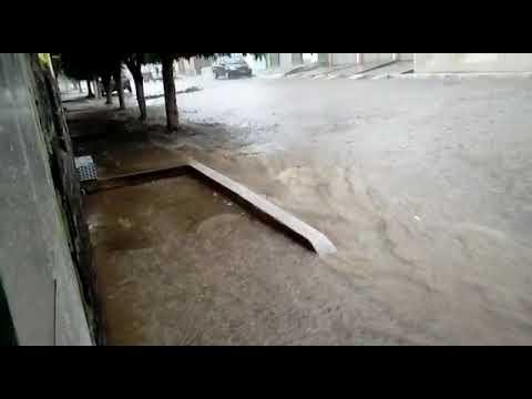 Chuva em Alagoinha PE  ( Rua Frei João)