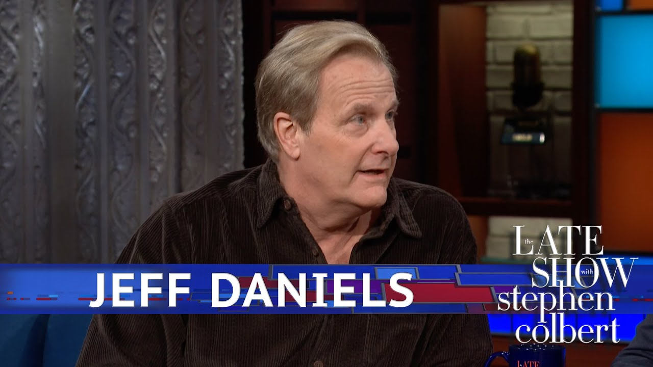 Jeff Daniels Has Finally Grown Into His Face thumbnail
