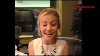 "Женевьева Джи Ханнелиус, G Hannelius ""Friends Do"" - Dog With A Blog"