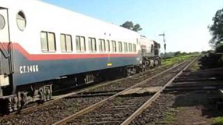 preview picture of video '9063 saliendo de Cabred con el tren Nº 514.'