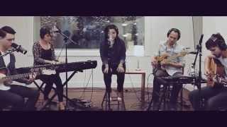 Heart Runs- John Mark Mcmillan (cover en español por Zaira Johnson y Un Corazón)