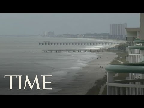 Footage From Sullivan's Island, SC and Southport, NC As Hurricane Florence Approaches | LIVE | TIME