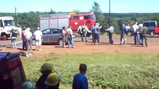 preview picture of video 'ACCIDENTE DE TRANSITO'
