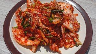 Small portion fresh kimchi (Geotjeori: 배추겉절이 김치)