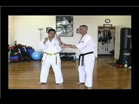 Kyokushin Karate : Side Elbow Strike