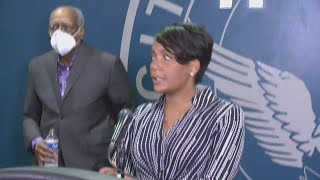 Atlanta mayor tells protesters: Go home! | Full video