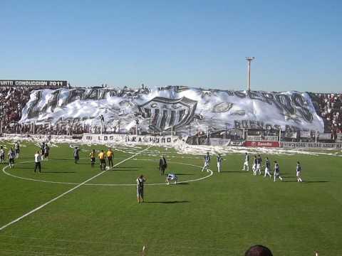 """TELON ESTUDIANTES VS. ALMAGRO - LA BARRA DE CASEROS"" Barra: La Barra de Caseros • Club: Club Atlético Estudiantes"