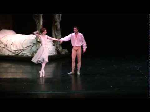 Manon - Act 1 bedroom pas de deux - Sylvie Guillem & Massimo Murru 2011