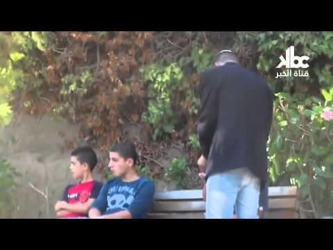 يهودي يتجول في شوارع الجزائر شاهدوا ردة فعل الجزائريين؟!