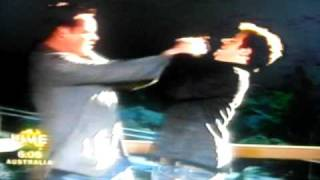 Ant & Dec - I'm A Celeb 2006 - Fighting Over A Mars!