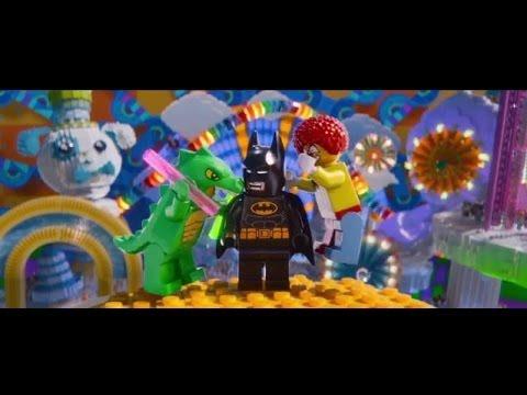 Video trailer för The LEGO Movie - Behind The Bricks - Official Warner Bros. UK