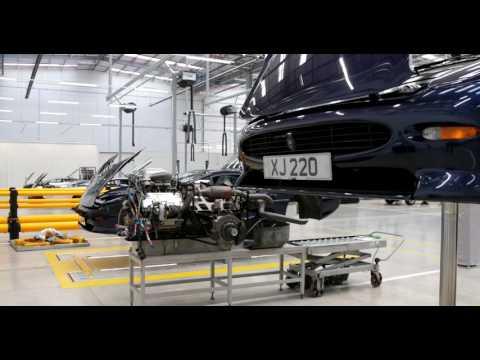 Một vòng khám phá Trung tâm xe cổ lớn nhất Jaguar Land Rover Classic Works