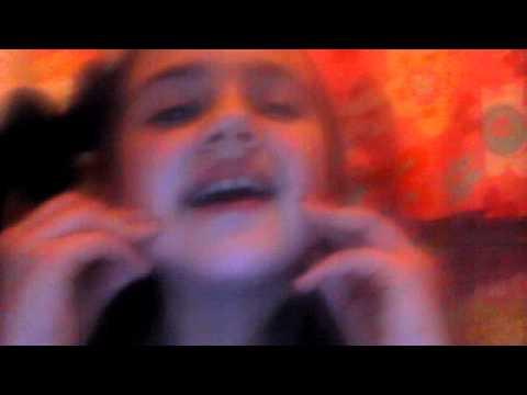 10 year old girl sining someone like you so good xx