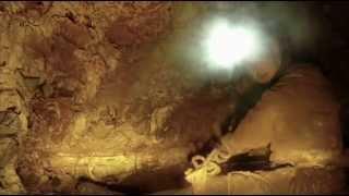 preview picture of video 'Speleology - Buco del Serpente - Rignano Garganico (Italy)'
