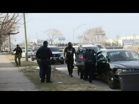 Child recovered after gas station carjacking in Detroit