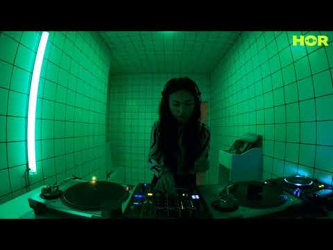 ISOTOOP Takeover – Van Anh / November 28 / 9pm-10pm