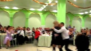 Урок танго! Очень смешно!!!!!!!!!!!!!!!!