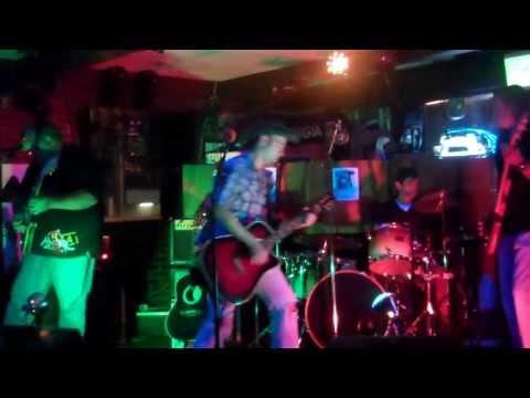"Chris Yates covering ""Fish"" Legends, Brunswick, GA"