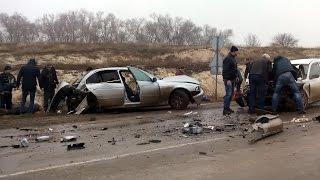 Самая тяжёлая авария в Крыму в 2017 году.  Три машины.  Пострадавшие. Very severe accident