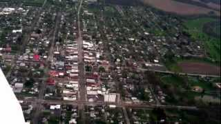 preview picture of video 'Flying a Piper Warrior over Upper Sandusky'