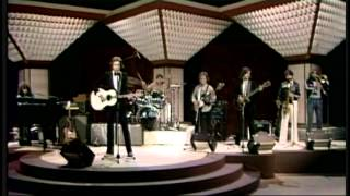"The KinKs  ""Celluloid Heroes""  (Live Video)"