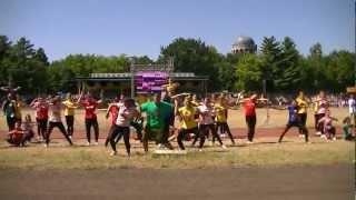 preview picture of video 'R'n'B Dance Team Debrecen - Virágkarnevál 2012. Hip Hop Tánciskola'