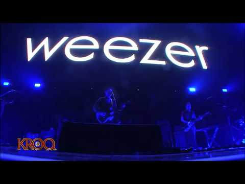 Do You Wanna Get High? (Live)