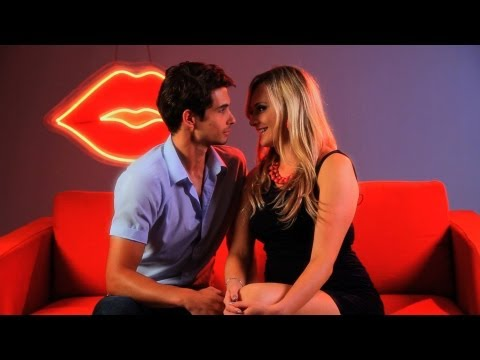 How to Get Someone to Kiss You | Kissing Tips