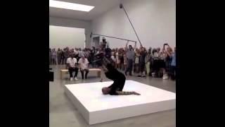"""Джей-Зи пел """"Picasso Baby"""" в художественной нью-йоркской  галереи Pace"""