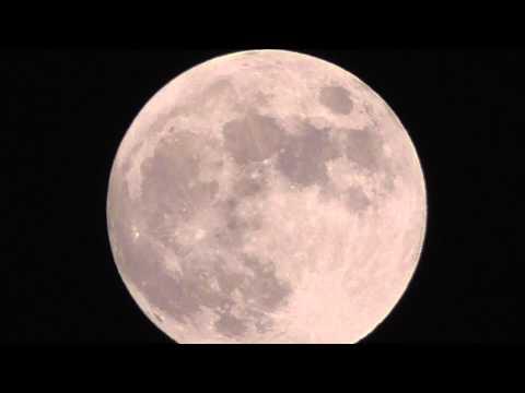 Panasonic Camcorder HC-V550 / V550M / V530 | Intelligent 90x Zoom Shooting Full Moon