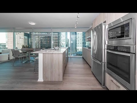 A Streeterville 2-bedroom, 2-bath T06 at the high-amenity Optima Signature