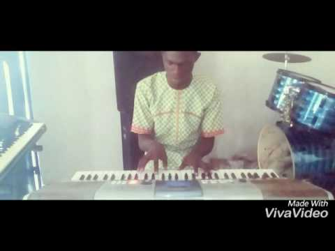How to play Yoruba highlife K1 On the keyboard Key F