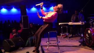 Whitney Houston tribute  R&B DIVA - LIL MO