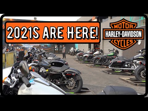 2021 Harley-Davidson® Street Glide® Vivid Black