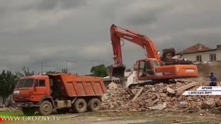 Рамзан  Кадыров проверил ход строительных работ в Илсхан-Юрт