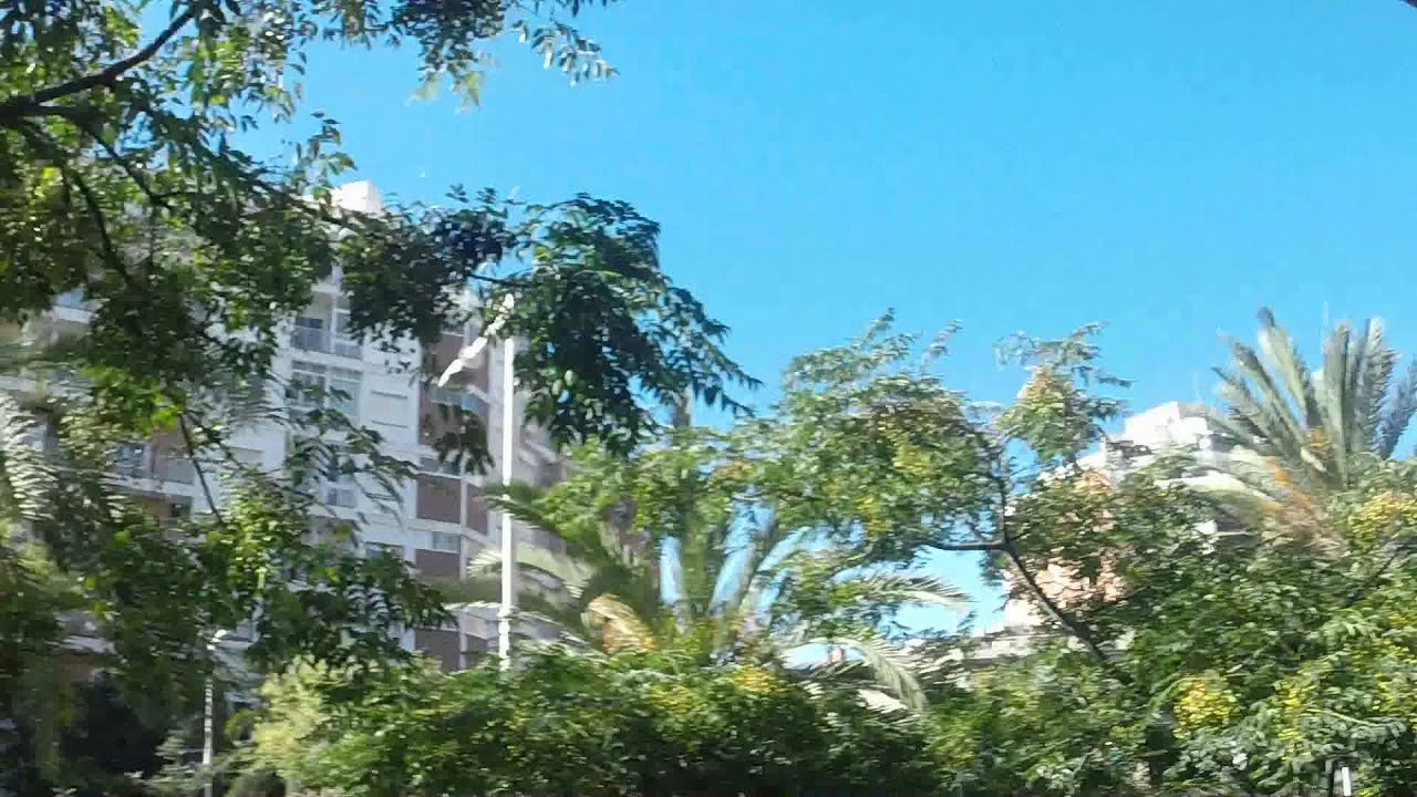 Modern 1 bedroom apartment with balcony and AC unit in Villa Olimpica, utilities included