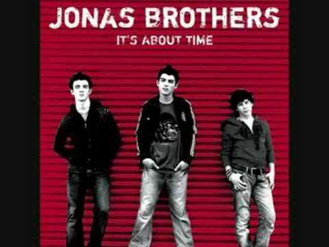 10. 7:05- Jonas Brothers