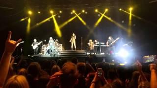 Jessie J - Domino (intro) | Düsseldorf 15.2.2016.