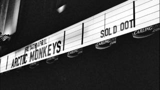Arctic Monkeys - Dance Little Liar (Acoustic)