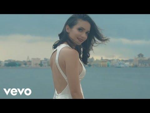 Diana Fuentes - La Gravedad (Official Music Video)