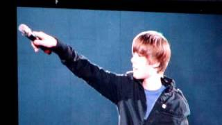 Justin Bieber singing Chris Brown's With You @ Houston Rodeo