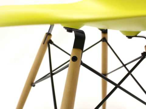 The Eames Plastic Side Chair DSW in its details