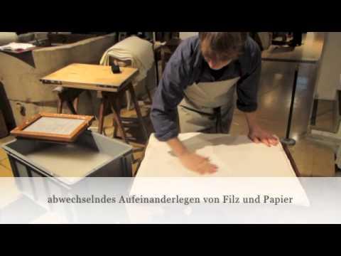 Herstellung von handgeschöpftem Papier