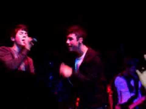 7 05 - Jonas Brothers