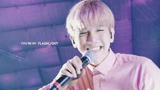 [백현 BAEKHYUN] Flashlight 큥일파티 Happy Birthday