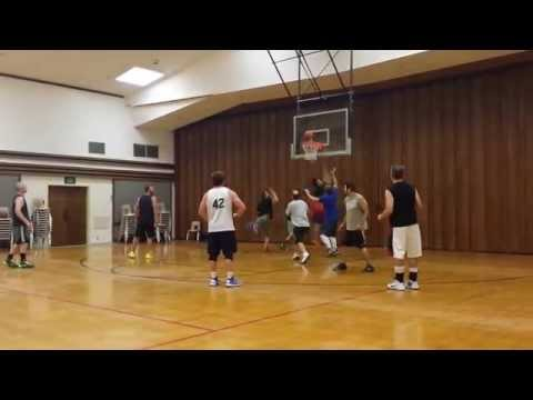 Epic Fail or Old Guy Heroes? Pick Up Basketball Stereotypes: You be the judge (видео)